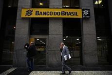 Logomarca do Banco do Brasil é vista em agência no centro do Rio de Janeiro 14/08/2014 REUTERS/Pilar Olivares