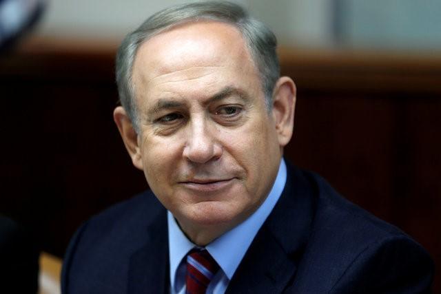 Israeli Prime Minister Benjamin Netanyahu attends the weekly cabinet meeting in Jerusalem December 18, 2016. REUTERS/Amir Cohen/File