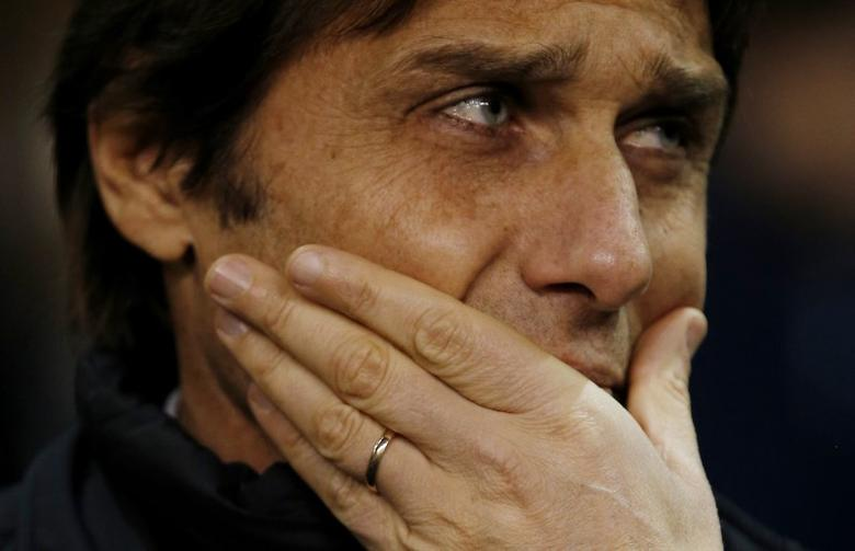 Britain Football Soccer - Tottenham Hotspur v Chelsea - Premier League - White Hart Lane - 4/1/17 Chelsea manager Antonio Conte before the match  Action Images via Reuters / Andrew Couldridge Livepic