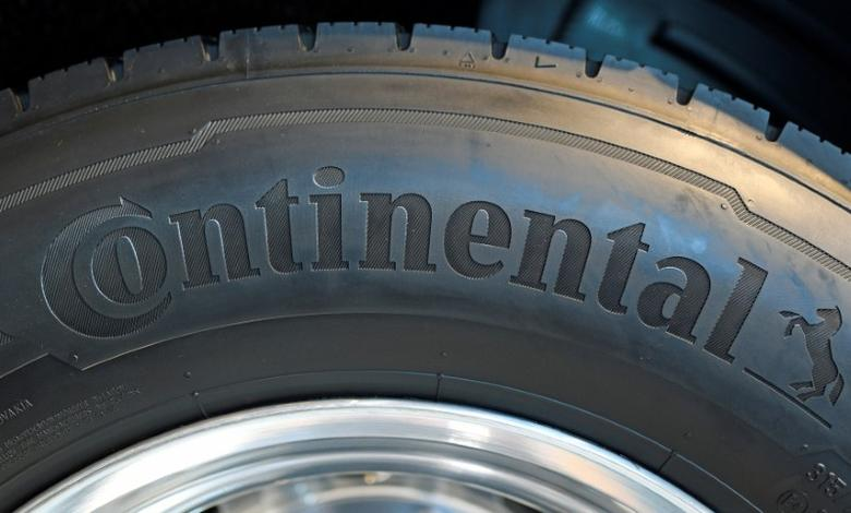 The name of German tire maker Continental is pictured on a wheel at the IAA truck show in Hanover, September 22,  2016.  REUTERS/Fabian Bimmer