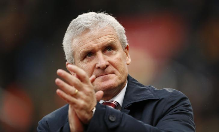 Britain Football Soccer - Stoke City v Wolverhampton Wanderers - FA Cup Third Round - bet365 Stadium - 7/1/17 Stoke City manager Mark Hughes before the match Action Images via Reuters / Andrew Boyers Livepic/Files