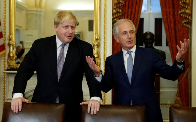 British Foreign Secretary Boris Johnson (L) meets with Senate Foreign Relations Committee Chairman Bob Corker (R) in the U.S. Capitol in Washington, U.S., January 9, 2017. REUTERS/Kevin Lamarque