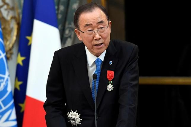 Former U.N. Secretary General Ban Ki-moon delivers a speech after being awarded with the Legion of Honour (Legion d'Honneur) by the French president at the Elysee Palace in Paris, France, November 17, 2016.  REUTERS/Bertrand Guay/Pool/File Photo