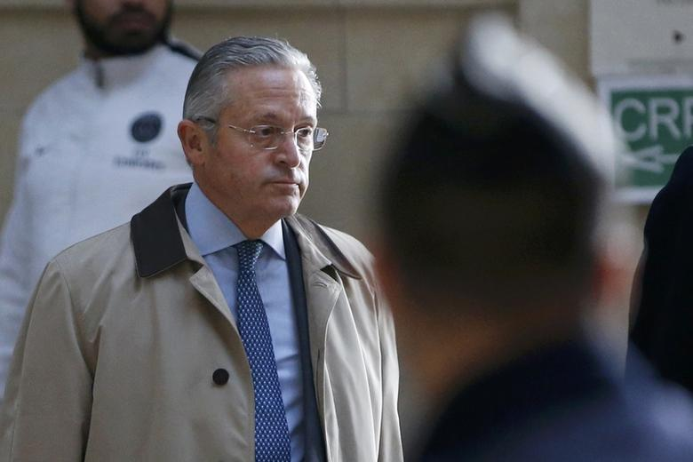 International art dealer Guy Wildenstein arrives for his trial at Paris court, France, January 4, 2016. REUTERS/Charles Platiau/File Photo