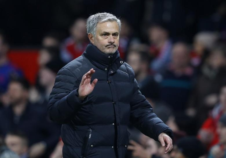 Britain Football Soccer - Manchester United v Hull City - EFL Cup Semi Final First Leg - Old Trafford - 10/1/17 Manchester United manager Jose Mourinho waves to fans after the game Reuters / Phil Noble Livepic/Files