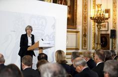 Le sterling a enregistré mardi sa plus forte hausse en une séance depuis 1998, après la promesse de la Première ministre Theresa May (photo) de soumettre l'accord final sur le Brexit à un vote du Parlement. /Photo prise le 17 janvier 2017/REUTERS/Kirsty Wigglesworth