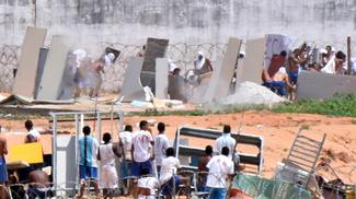 Inmates butchered during Brazil prison riot