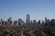 Les prix des logements neufs en Chine ont progressé l'an dernier à leur rythme le plus rapide depuis 2011, mais la croissance modérée de décembre atténue les craintes d'une bulle immobilière. /Photo d'archives/REUTERS/Jason Lee