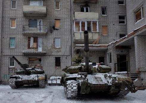 Ukraine and pro-Russian rebels accuse each other of attacks