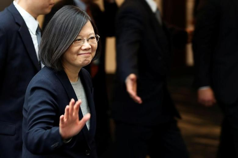 Taiwan President Tsai Ing-wen leaves a luncheon during a stop-over after her visit to Latin America in Burlingame, California, U.S., January 14, 2017. REUTERS/Stephen Lam