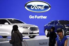 Ford Taurus cars are seen during a presentation at the 16th Shanghai International Automobile Industry Exhibition in Shanghai, April 21, 2015. REUTERS/Aly Song/File Photo