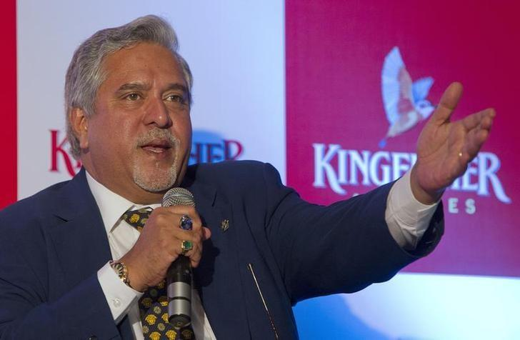 Kingfisher Airlines Chairman Vijay Mallya speaks to the media during a news conference in Mumbai November 15, 2011 REUTERS/Vivek Prakash/Files