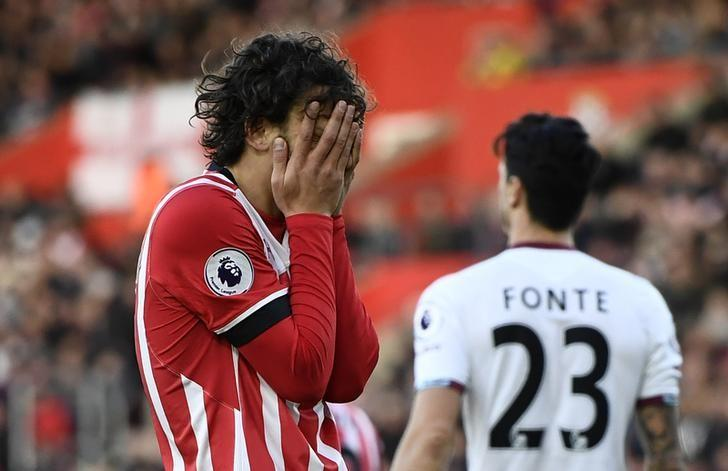 Britain Football Soccer - Southampton v West Ham United - Premier League - St Mary's Stadium - 4/2/17 Southampton's Manolo Gabbiadini looks dejected Reuters / Dylan Martinez Livepic