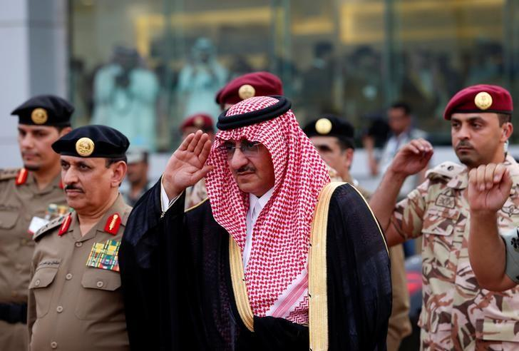 Saudi Crown Prince Mohammed Bin Nayef, the interior minister, in the holy city of Mecca September 5, 2016.  REUTERS/Ahmed Jadallah/Files