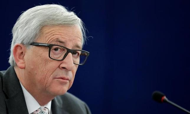 2月11日、欧州委員会のユンケル委員長(写真)は、英国が欧州連合(EU)離脱交渉で各加盟国に別々の約束をすることで、EUの分裂を引き起こす恐れがあるとの見解を示した。1月撮影(2017年 ロイター/Christian Hartmann)