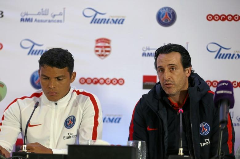 Football Soccer - Club Africain v PSG - International friendly - Tunis, Tunisia  - 3/1/17. Paris St Germain coach Unai Emery (R) and Thiago Silva attends the pre-match news conference. REUTERS/Zoubeir Souissi - RTX2XF76