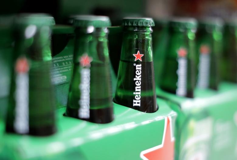 FILE PHOTO -  Packs of Heineken beer are displayed for sale in a Casino supermarket in Nice, France, January 16, 2017. REUTERS/Eric Gaillard/File Photo