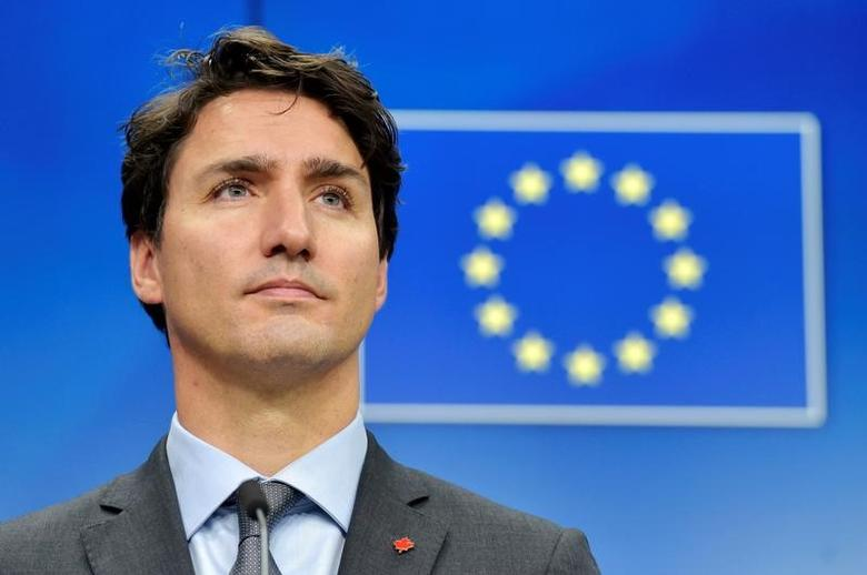 Canada's Prime Minister Justin Trudeau looks on during a news conference after the signing of the Comprehensive Economic and Trade Agreement (CETA) at the European Council in Brussels, Belgium, October 30, 2016. REUTERS/Eric Vidal/Files