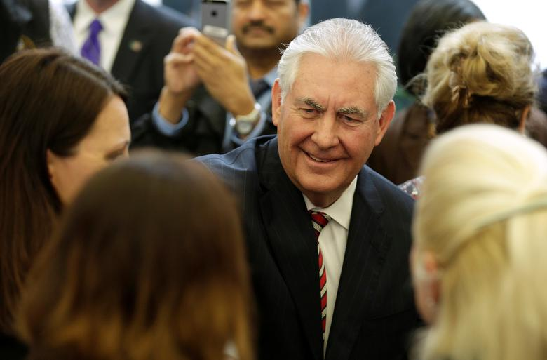 U.S. Secretary of State Rex Tillerson greets Department of State employees upon arrival at the Department of State in Washington, U.S., February 2, 2017. REUTERS/Joshua Roberts