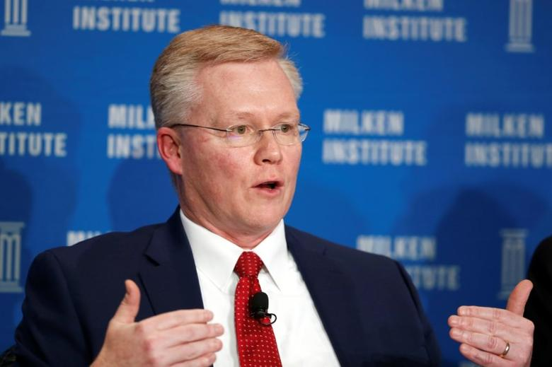 Michael Piwowar, Commissioner of the U.S. Secuirites and Exchange Commission, speaks at the Milken Institute Global Conference in Beverly Hills, California, U.S., May 2, 2016. REUTERS/Lucy Nicholson