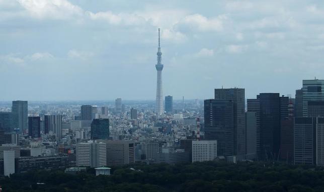 2月17日、中小企業の合併・買収(M&A)仲介会社が旺盛な需要に支えられている。写真は都内で昨年7月撮影(2017年 ロイター/Toru Hanai)