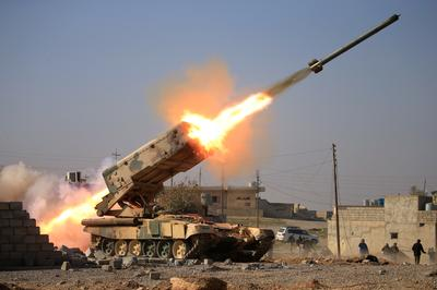 Iraqi forces push into Mosul
