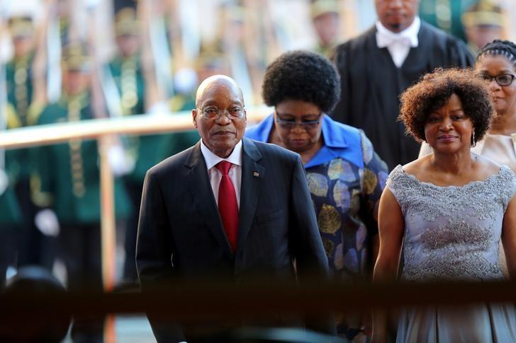 President Jacob Zuma arrives ahead of his State of the Nation Address (SONA) to a joint sitting of the National Assembly and the National Council of Provinces in Cape Town, South Africa February 9, 2017. REUTERS/Sumaya Hisham