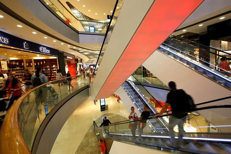 FILE PHOTO:General view inside of shopping mall 'Pasing Arcaden' in Munich, Germany August 18, 2016. REUTERS/Michaela Rehle/File Photo