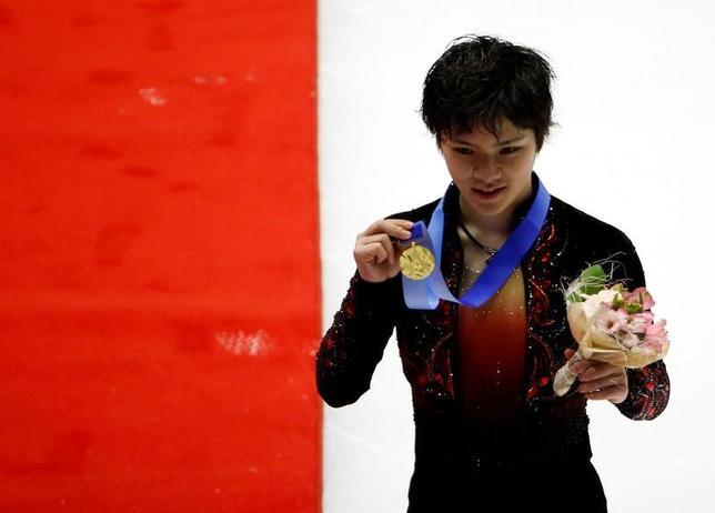 2月26日、札幌冬季アジア大会フィギュア男子はフリーを行い、ショートプログラム(SP)2位の宇野昌磨が188.84点をマークし、合計281.27点と逆転で金メダルを獲得した(2017年 ロイター/Kim Kyung-Hoon)