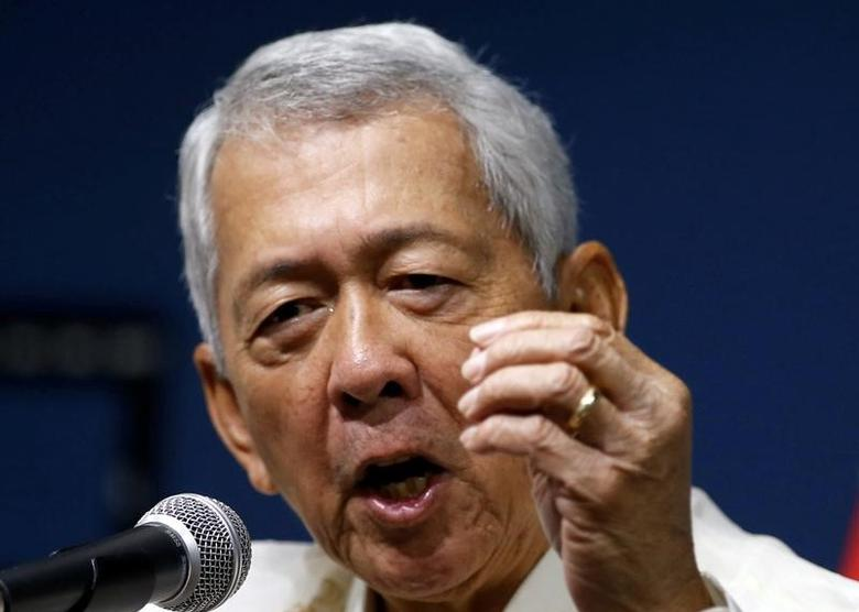 Philippines Foreign Affairs Secretary Perfecto Yasay speaks during a news conference at the Department of Foreign Affairs in Pasay city, Metro Manila, Philippines July 27, 2016. REUTERS/Erik De Castro/Files