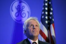 General Electric Co Chief Executive Jeff Immelt listens during a news conference to discuss the company's plan to move its headquarters to the city of Boston in Boston, Massachusetts, April 4, 2016. REUTERS/Brian Snyder