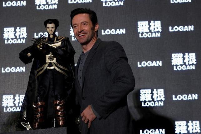 3月1日、オーストラリア出身の俳優ヒュー・ジャックマンが、新作映画「ローガン」のプロモーションのため北京を訪れ、記者会見を行った。写真は2月28日台湾で撮影(2017年 ロイター/Tyrone Siu)