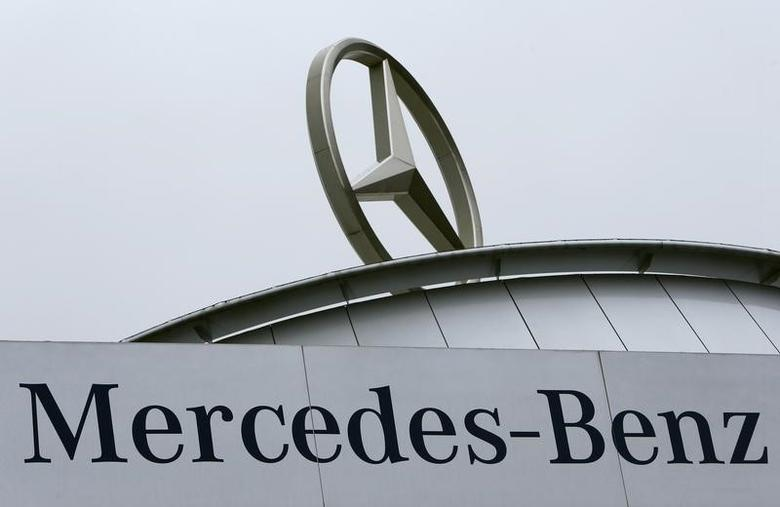 The Mercedes star logo is pictured on the roof of a Mercedes dealership in Stuttgart, Germany, January 31, 2017.  REUTERS/Michaela Rehle