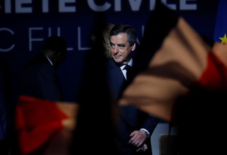 Francois Fillon, former French Prime Minister, member of the Republicans political party and 2017 presidential election candidate of the French centre-right leaves after delivering a speech at a campaign rally in Aubervilliers, Paris suburb, March 4, 2017.  REUTERS/Philippe Wojazer