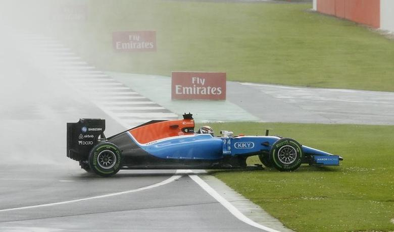 Britain Formula One - F1 - British Grand Prix 2016 - Silverstone, England - 10/7/16Manor's Pascal Wehrlein slides out during the raceREUTERS/Andrew BoyersLivepic