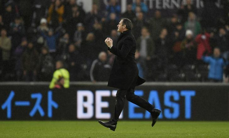 Britain Soccer Football - Swansea City v Burnley - Premier League - Liberty Stadium - 4/3/17 Swansea City manager Paul Clement celebrates after the game  Action Images via Reuters / Tony O'Brien Livepic