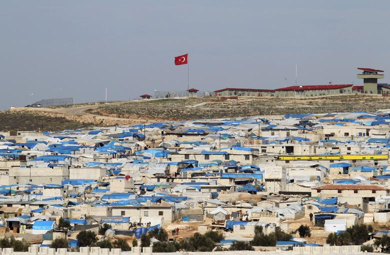 A general view shows tents housing internally displaced people in Atma camp, near the Syrian-Turkish border in Idlib Governorate, February 5, 2016. REUTERS/Ammar Abdullah/Files