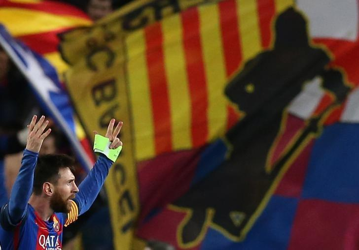 Football Soccer - Barcelona v Paris St Germain - UEFA Champions League Round of 16 Second Leg - The Nou Camp, Barcelona, Spain - 8/3/17 Barcelona's Lionel Messi celebrates after the game  Reuters / Albert Gea Livepic