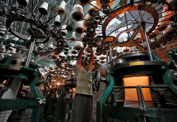 An employee works inside an undergarment factory in Kolkata, February 1, 2017. REUTERS/Rupak De Chowdhuri/Files