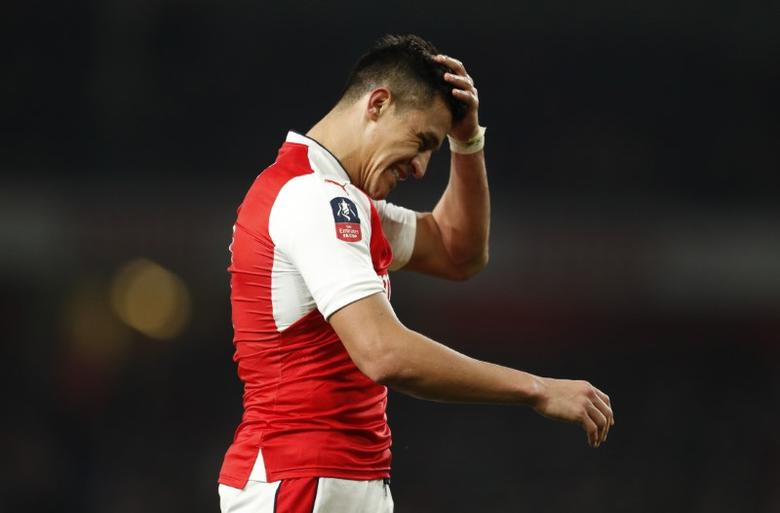 Britain Football Soccer - Arsenal v Lincoln City - FA Cup Quarter Final - The Emirates Stadium - 11/3/17 Arsenal's Alexis Sanchez reacts Action Images via Reuters / John Sibley Livepic