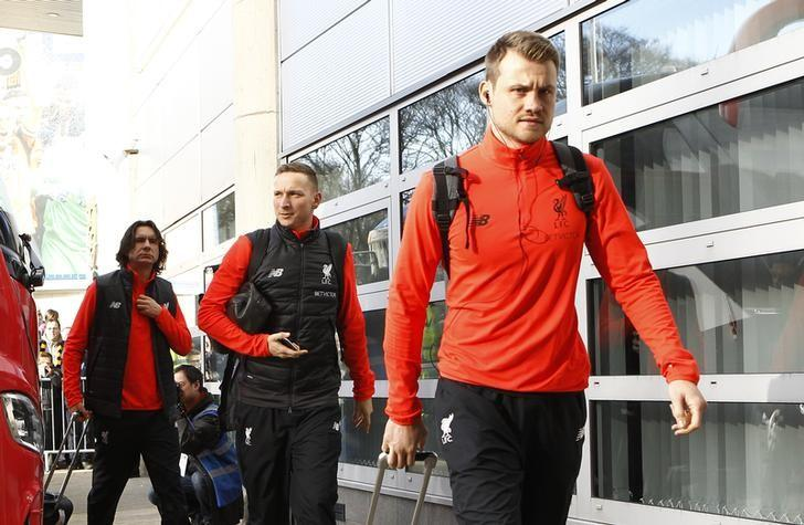 Britain Football Soccer - Hull City v Liverpool - Premier League - The Kingston Communications Stadium - 4/2/17 Liverpool's Simon Mignolet arrives at the ground before the match Action Images via Reuters / Craig Brough/ Livepic/ Files
