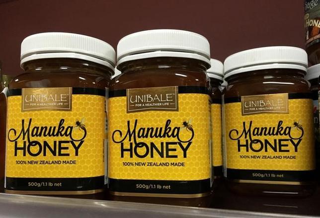 3月15日、ニュージーランドのミツバチが、組織化された犯罪シンジケートによって巣ごと盗まれ、取引されている。警察と養蜂業界が明らかにしたもので、高騰するはちみつ価格の恩恵を得ようとする狙いとみられている。写真は昨年8月撮影(2017年 ロイター/Thomas Peter)