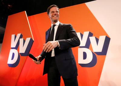 Dutch PM fends off far right challenge