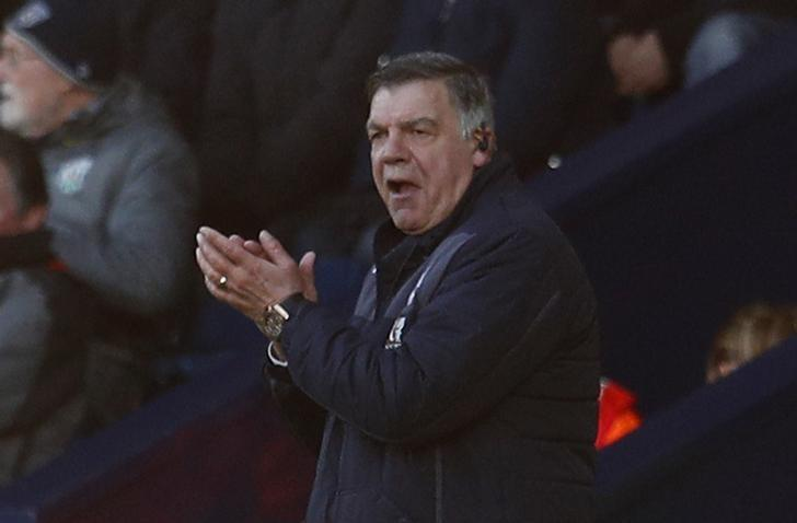 Britain Soccer Football - West Bromwich Albion v Crystal Palace - Premier League - The Hawthorns - 4/3/17 Crystal Palace manager Sam Allardyce  Reuters / Peter Nicholls Livepic/Files