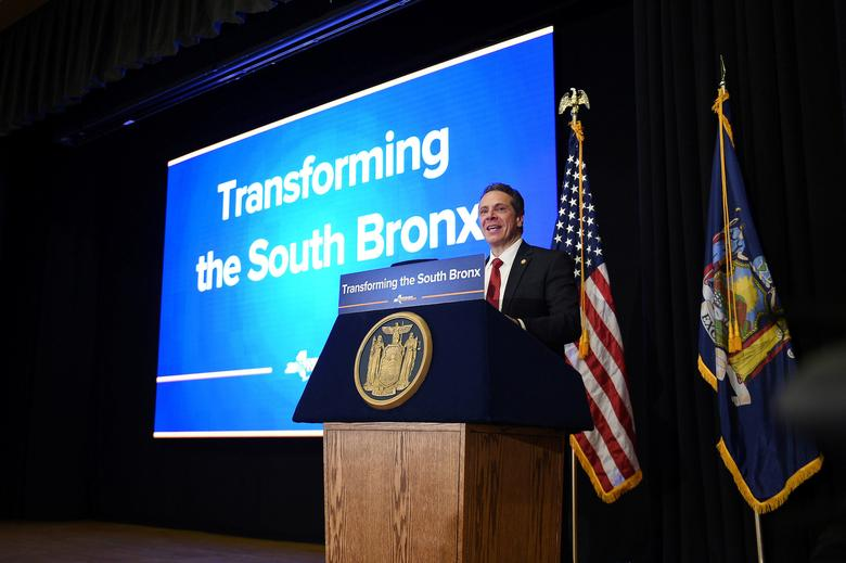 New York Governor Andrew Cuomo announces a $1.8 billion project to transform the South Bronx by reconstruction of the Bruckner-Sheridan Interchange in New York City, United States in this March 19, 2017 handout photo.   Kevin P. Coughlin/Office of Governor Andrew M. Cuomo/Handout via REUTERS