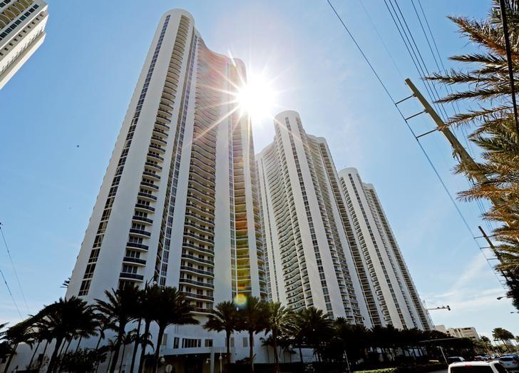 From left, Trump Towers I, II and III are  shown in Sunny Isles Beach, Florida, U.S. March 13, 2017. Sunny Isles is a suburb of Miami.           REUTERS/Joe Skipper