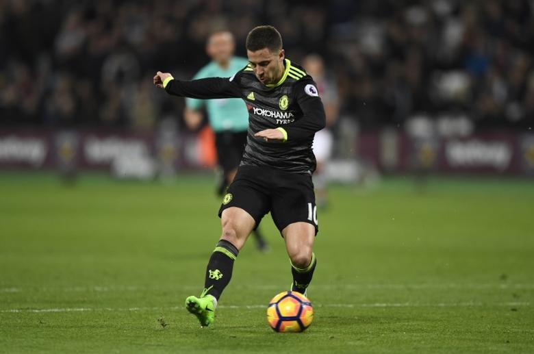 Britain Football Soccer - West Ham United v Chelsea - Premier League - London Stadium - 6/3/17 Chelsea's Eden Hazard scores their first goal  Action Images via Reuters / Tony O'Brien