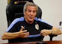 Técnico do Uruguai Tabárez concede entrevista  20/3/17    REUTERS/Andres Stapff
