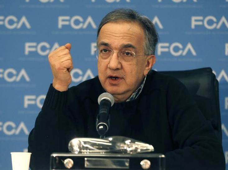 Fiat Chrysler boss says 'waiting in anticipation' to meet VW chief