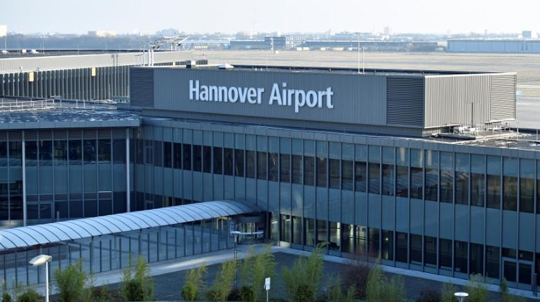 The entrance of the ''Hannover Airport'' is pictured in Hanover, Germany, January 26, 2017. REUTERS/Fabian Bimmer/Files